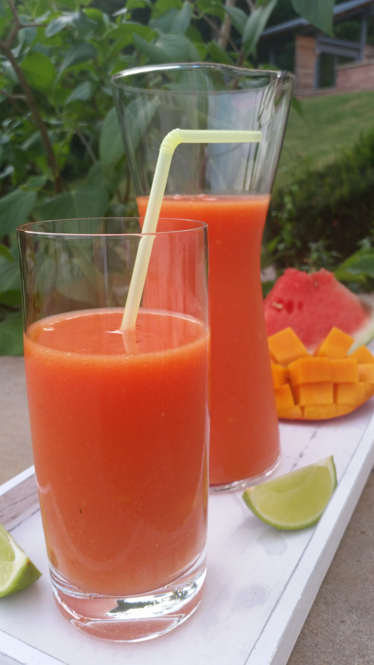 Wassermelonen- Mango Drink