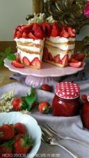 Homemade… ein Erdbeer- Holunderblüten- Törtchen