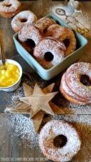 Kartoffel- Donuts mit Ananas- Mango- Chutney
